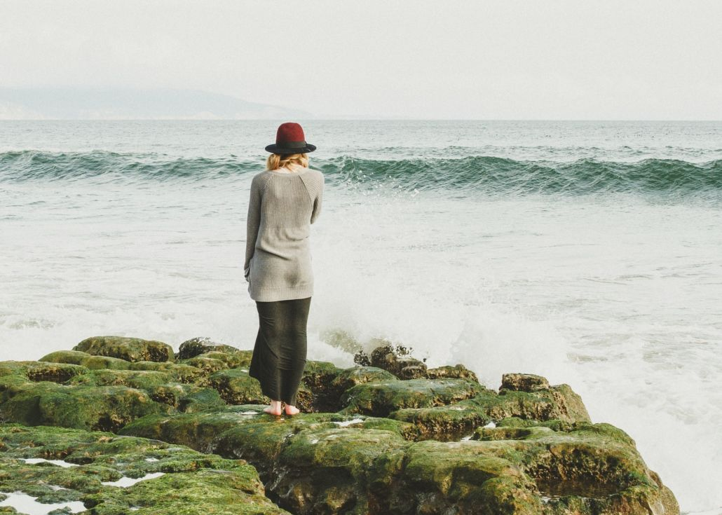 Simple Mantras For Peace & Decluttering Your Mind