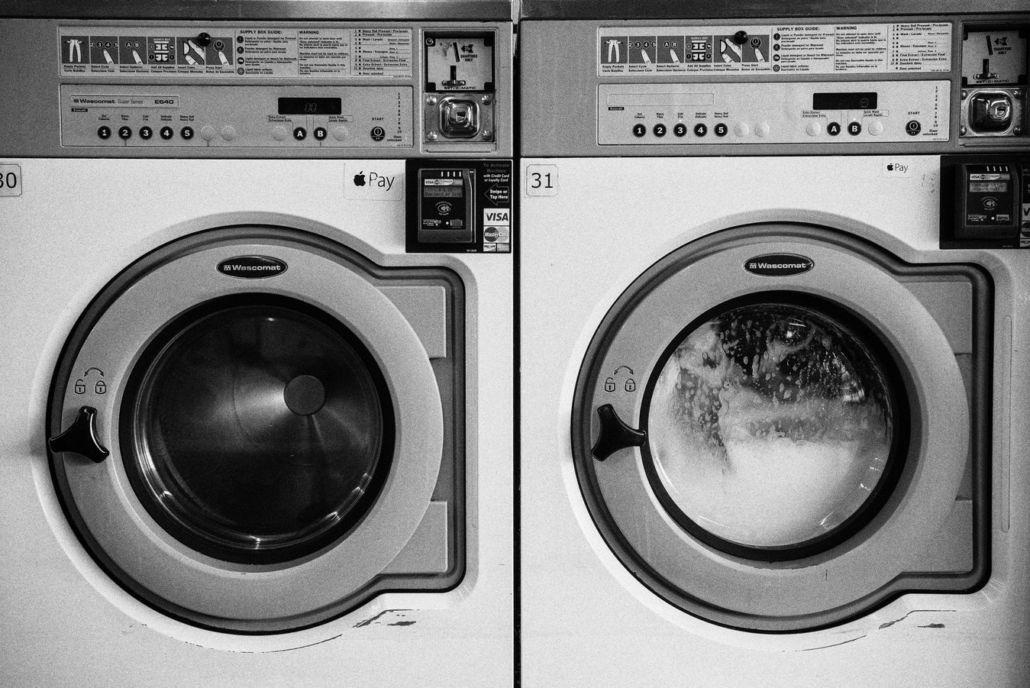 wash lululemon yoga pants with washing machine
